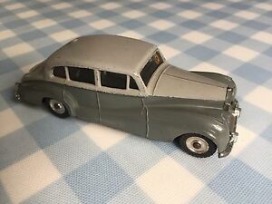 Collection Vintage Dinky Toys No.150 Rolls Royce Silver Wraith 1959