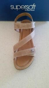 SUPERSOFT-BY-DIANA-FERRARI-FLEMMING-WOMENS-SHOES-CASUAL-SANDALS-SZ-9-stone