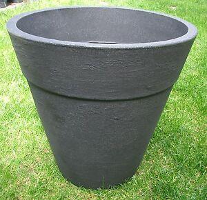 Pflanzkuebel-Blumenkuebel-50cm-hoch-schwarz-Kunststoff