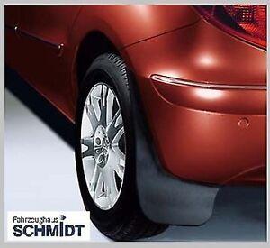 Original-Mercedes-Benz-Schmutzfaenger-hinten-W-245-B-Klasse