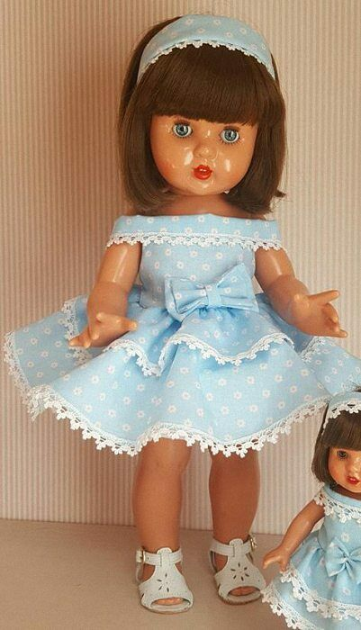Mariquita Pérez vinilo vestido azul volantes. (MP50207)
