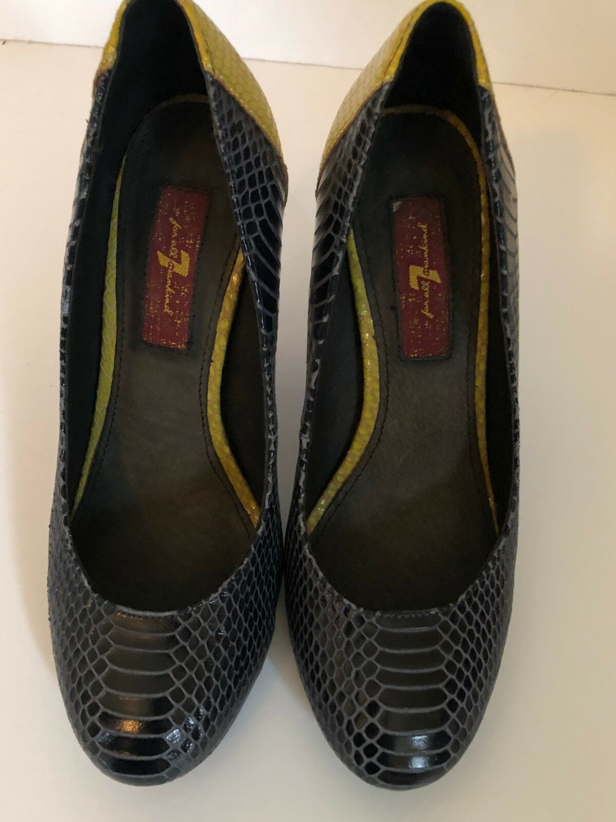 7 For All Mankind   Women's blueee & Acid Green Pumps Sz  6M Free Shipping