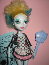 B336-BARBIE MONSTER HIGH PUPPE LAGOONA BLUE MATTEL ORIG.KLEIDUNG+SCHUHE+PASS