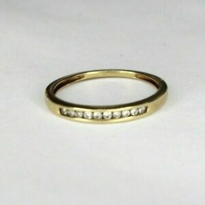 Vintage 9ct yellow gold Diamond half eternity ring. Size N.