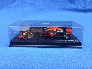 Red-Bull-Racing-TAG-Heuer-RB12-Ricciardo-2016-Minichamps-1-43