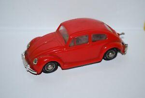 DUX-VW-COCCINELLE-PORSCHE-1500-ROUGE-NEUVE-SANS-BOITE-NEW