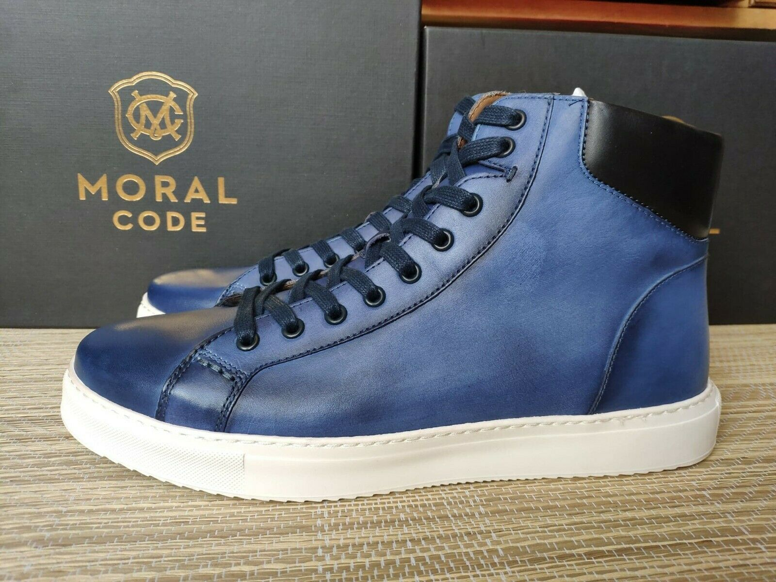 Moral Code men's Aiden high-top trainers -Light, 100% leather, running bit small