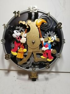 Disney Mickey Mouse Animated Talking Wall Clock 2001 Warner Bros