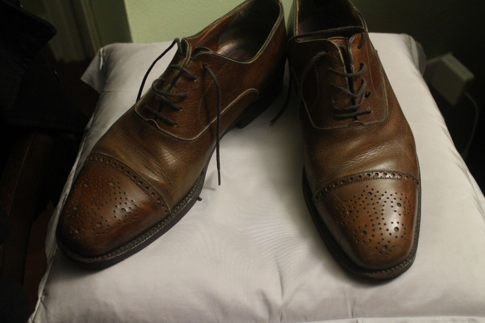 Barneys NY Calf Skin Cap Toe Oxfords 9