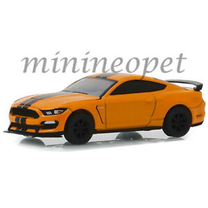 GREENLIGHT-13250-F-GL-MUSCLE-2019-FORD-SHELBY-GT-350-R-1-64-DIECAST-ORANGE