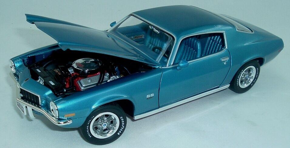 1971 Camaro SS 350 Mulsanne blu 1:18 Auto World 982
