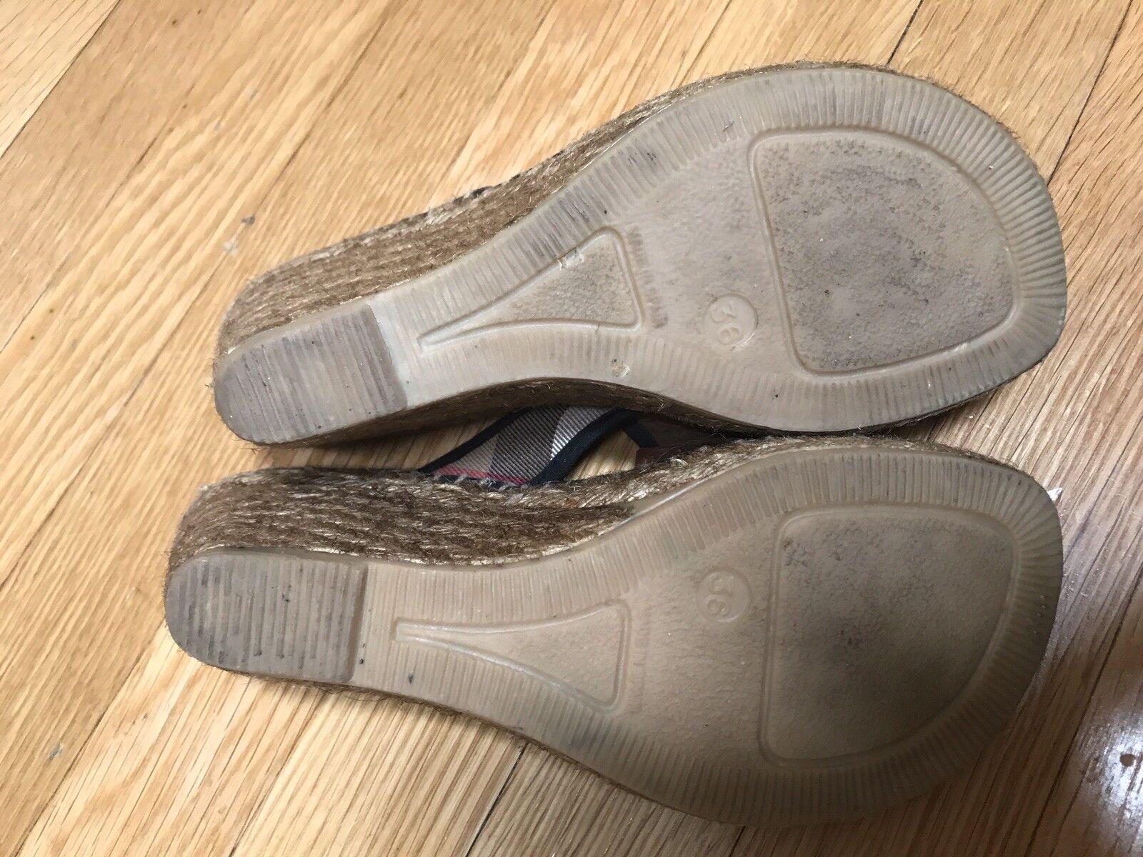 Genuine Burberry Women's Women's Women's Size 36 (6) Plaid Flip Flop Sandal Wedges Slightly Worn b08148