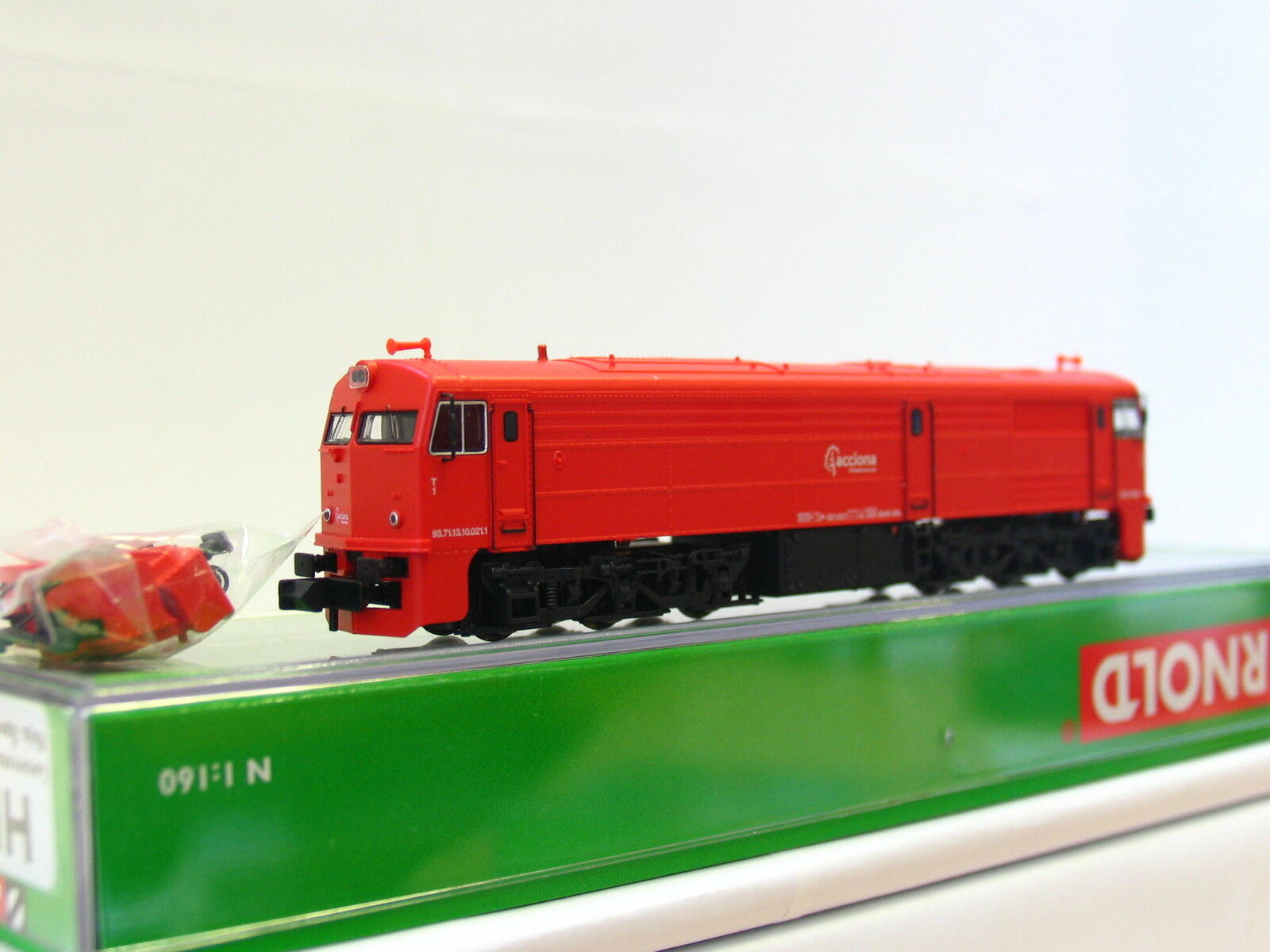 Arnold n hn2266 diesellok 321 021 acciona roja embalaje original (tr173)