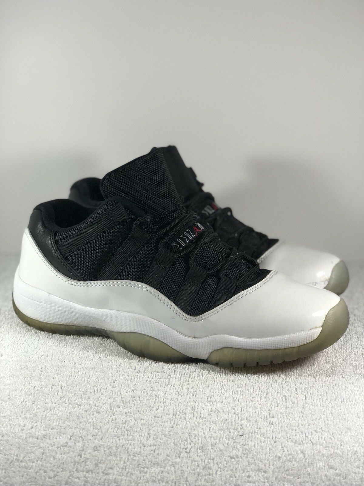 Seasonal clearance sale Nike Air Jordan 11 XI Low TUXEDO Boys Comfortable