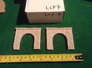2 X Single Track N Scale Tunnels Pebble Stone Type- Painted Set