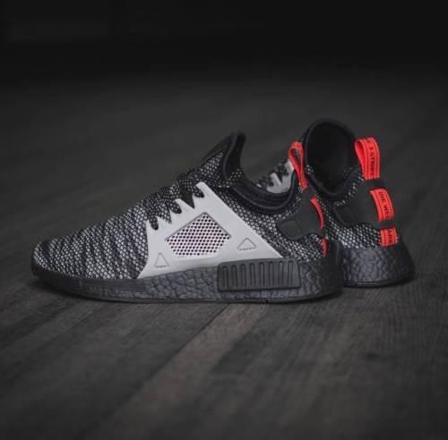 Adidas nmd rt nero grigio misura 7,5.s76851.jd sports.ultra pk impulso primeknit pk sports.ultra 78cc63