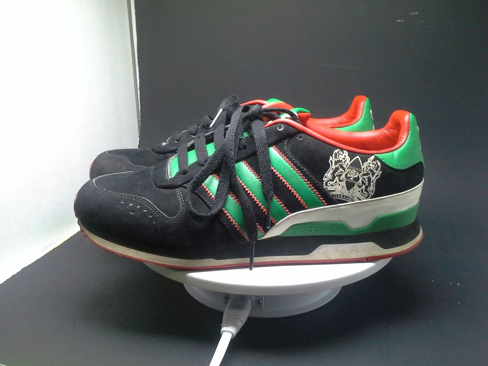 ADIDAS  LOW TOP SNEAKERS MEN SHOES BLACK GREEN SIZE 7.5 CREST