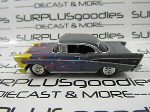 Johnny-Lightning-1-64-Scale-LOOSE-Gray-1957-CHEVROLET-Chevy-BEL-AIR-Belair-Coupe
