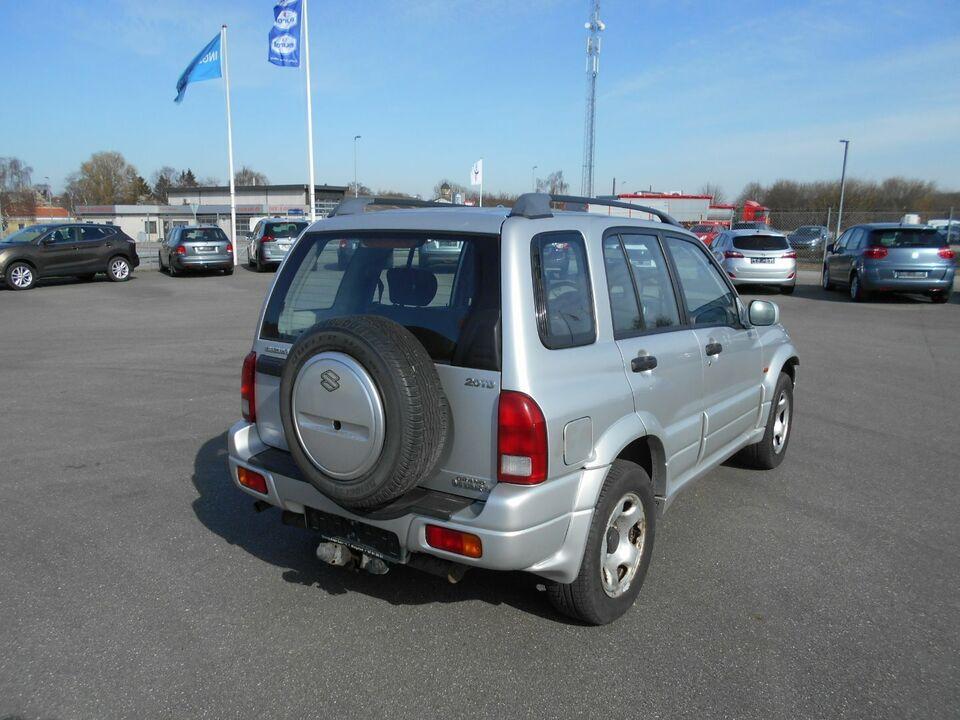 Suzuki Grand Vitara 2,0 TD Diesel 4x4 4x4 modelår 2003 km
