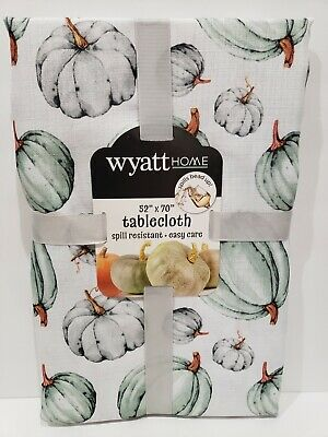 "Windsor Fields Tablecloth Thanksgiving//Autumn//Pumpkins Embroidered NIP 70/"" Round"