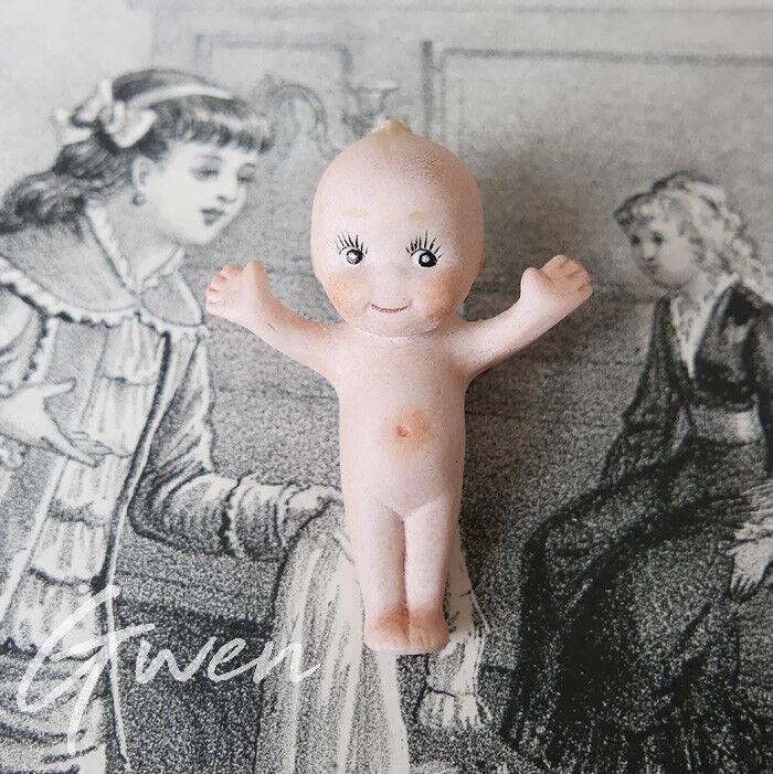 Poupée Figurine Allemande Ancienne 5 cm Bébé Kewpie Biscuit Miniature Broche