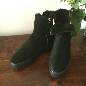 Russel-amp-Bromley-ankle-boots-Size-UK-4