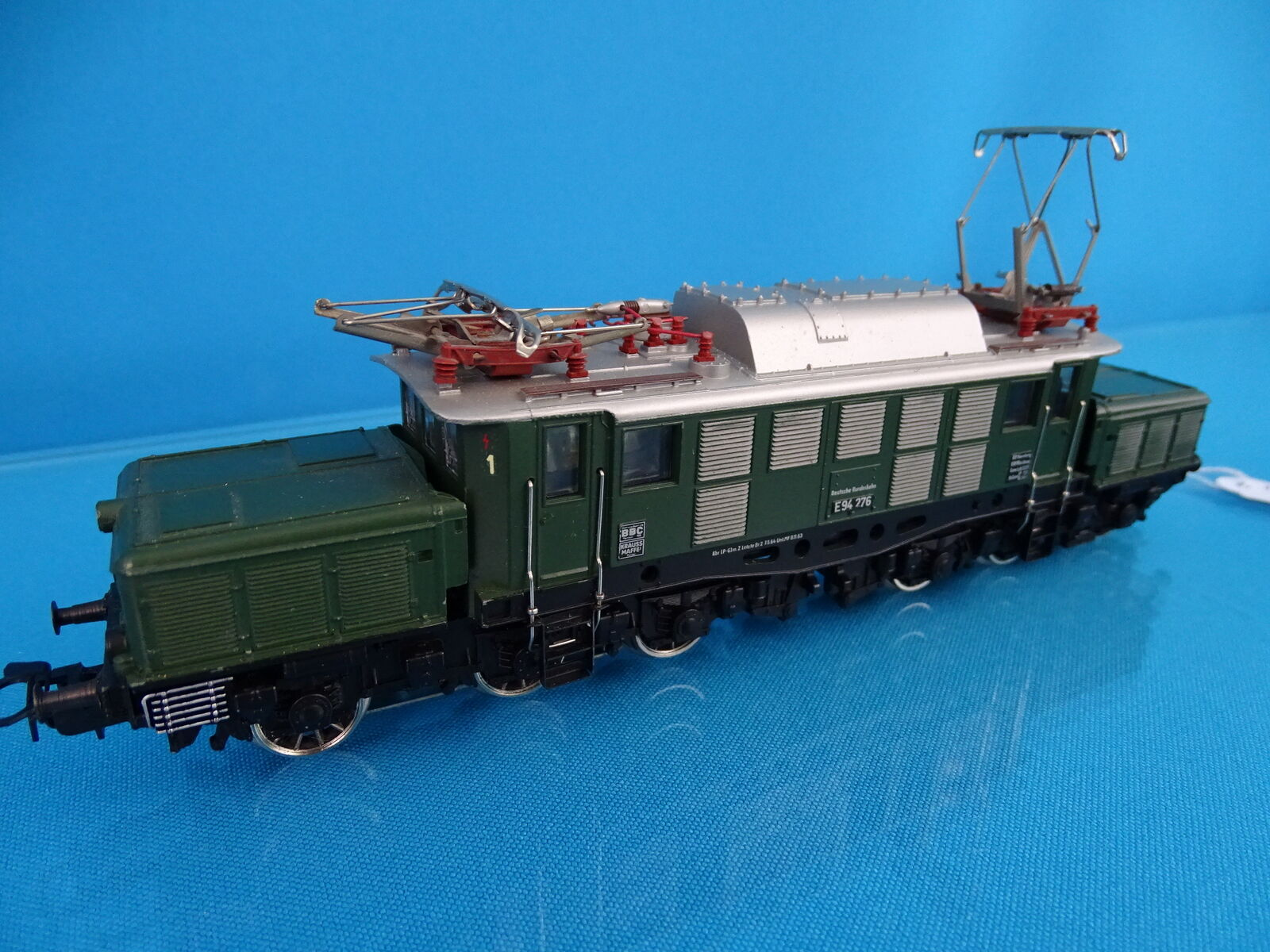 Marklin 3022 DB Electric Locomotive Br 94 verde Version 1 of 1965 DIGITAL 6090