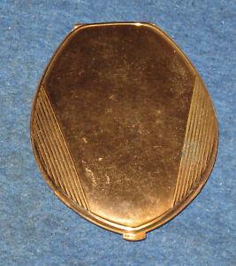 "Vintage American Beauty Art Deco DESIGN 3 x 1/4"" Oval Gold Tone Powder Compact"