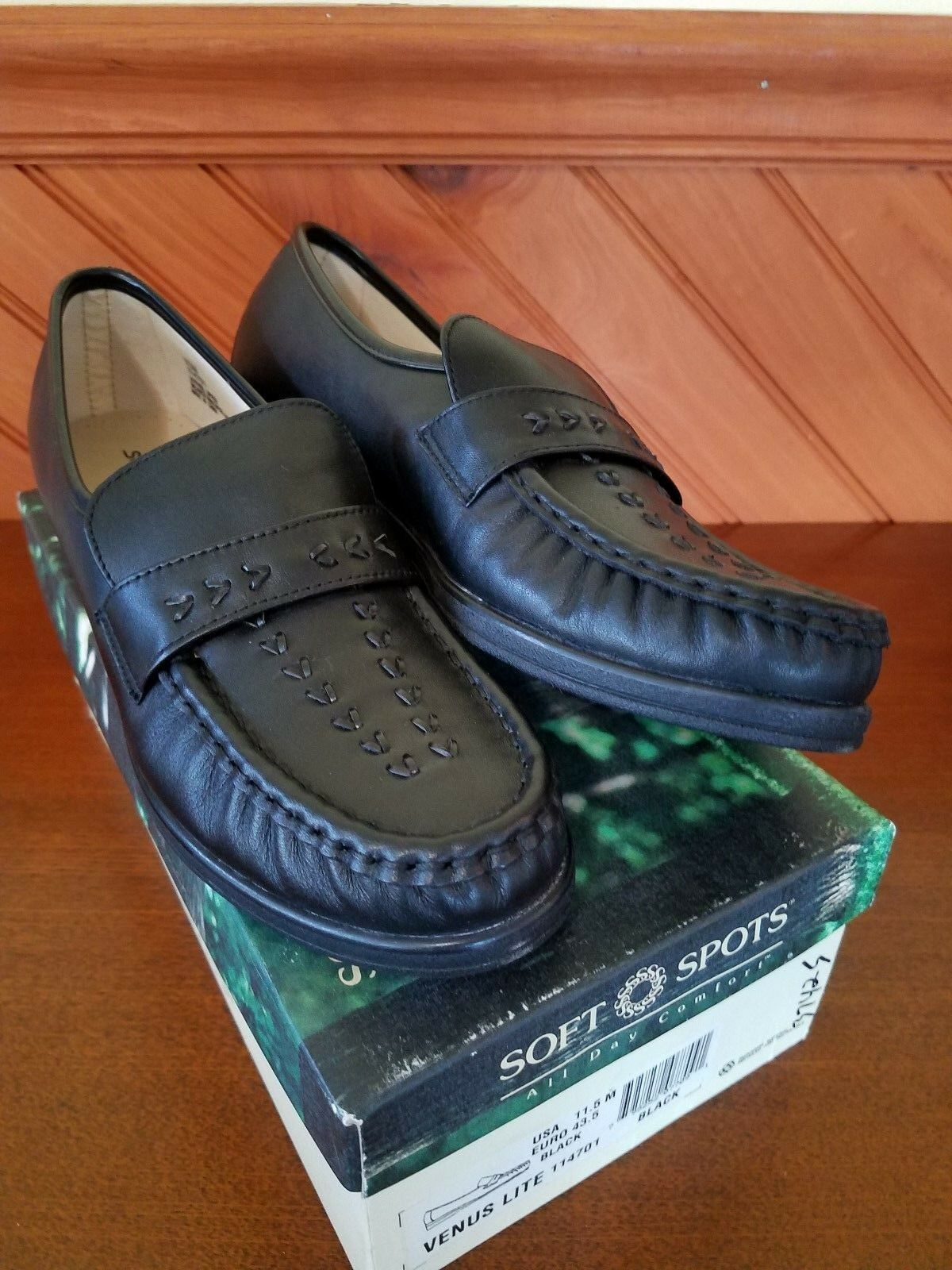 Softspots VENUS LITE 114701 Womens Black Slip On Loafers shoes BLACK 11.5 43.5