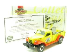 Matchbox-Collectibles-YYM38051-Dodge-Power-Wagon-1946-cola-blanca-en-caja-de-reserva