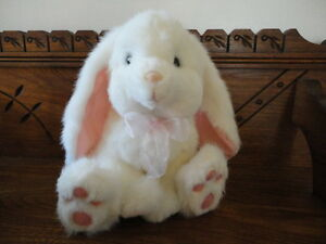 Russ Berrie POWDERPUFF Bunny Rabbit Item Nr 1182