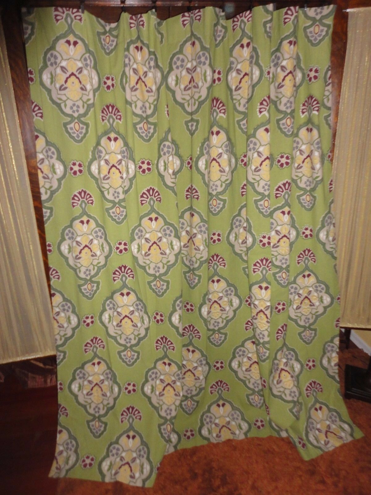 WORLD MARKET INVERNESS Grun PLUM PERIWINKLE FLORAL FABRIC SHOWER CURTAIN 72X72 81a5da