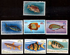 INDONESIE neufs serie 3Timbres #1207-1209 + 4 timbres: poissons tropicaux  E146