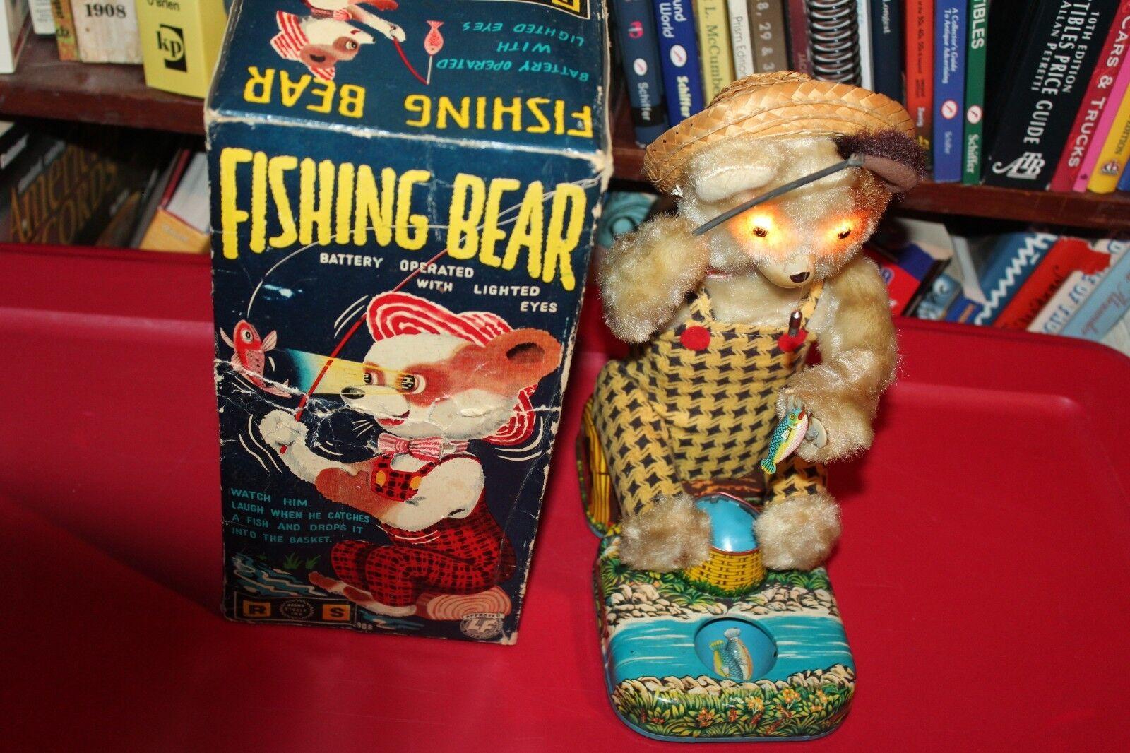 NÄRA VINSALA BATTERIET OPERADES FISKE BEAR I låda