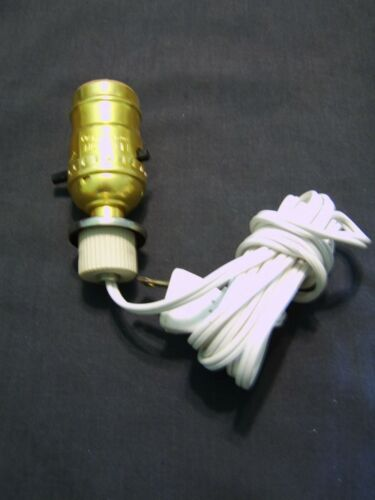 Brass Electric Convertor Oil Lamp Plug Socket for Oil Lamp or Jug 1in Base