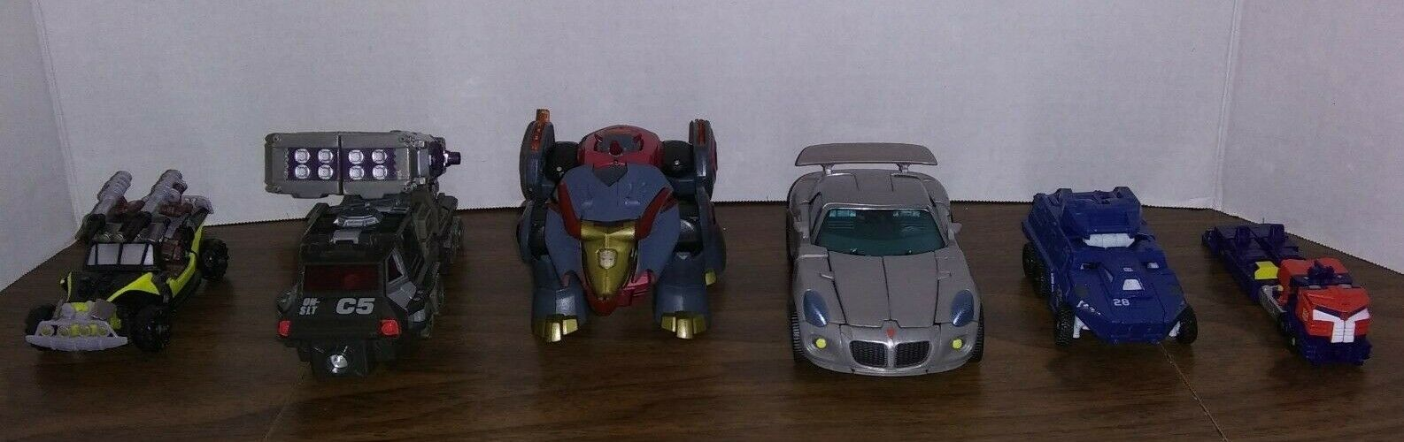 TRANSFORMERS redF HFTD LOC ANIMATED LOT