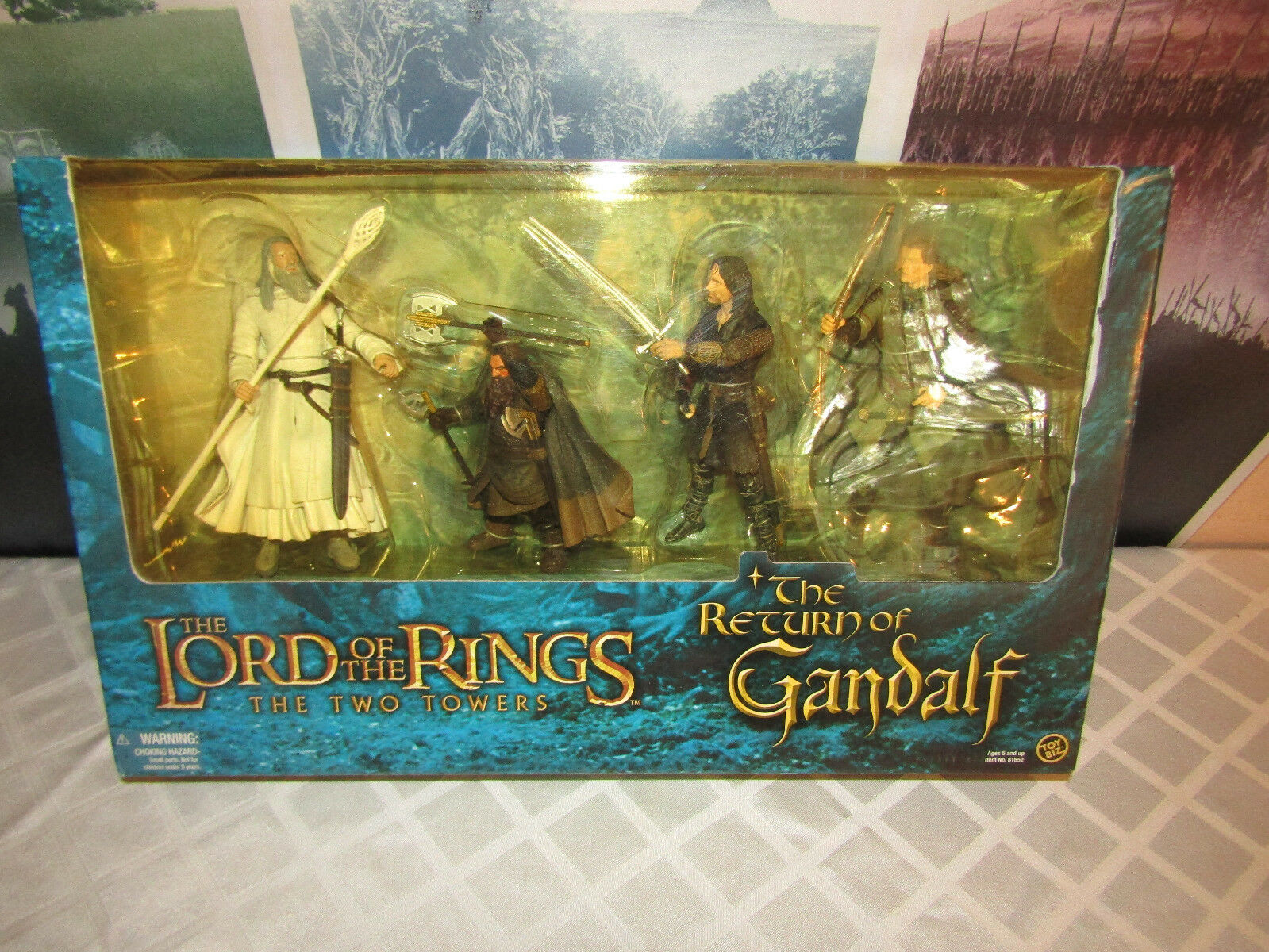 Toybiz Lord of the Rings The Two Towers The Return of Gandalf Figures NEW IN BOX