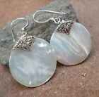 925 Sterling Silver White Shell Earring Round-22L