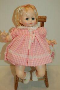 Madame-Alexander-Vintage-1965-PUSSYCAT-15-034-new-crier-original-dress-box-crier