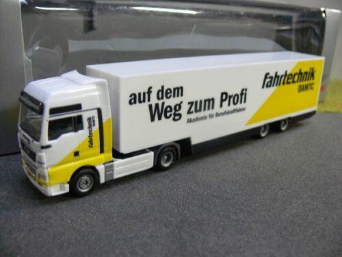 1//87 Herpa 301398 MAN TGX XXL Sattelzug ÖAMTC Fahrtechnik