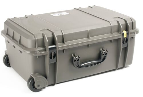 No Foam Comes with TSA Lock. Gun Metal Grey Seahorse SE920 Case