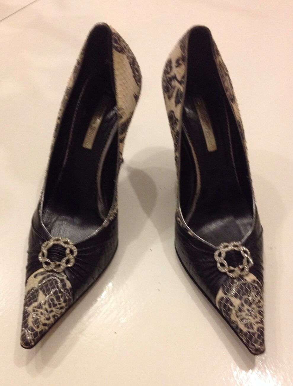 Marino Fabiani Designer Snake Skin Leather Flower Black White Shoes Sz 7.5