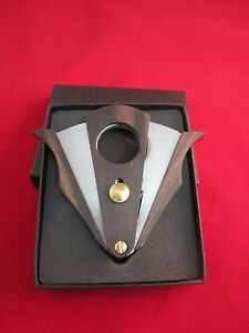 WENGE-WOOD-STAINLESS-STEEL-DOUBLE-CUT-BLADE-CIGAR-CUTTER-WITH-GIFT-BOX-COHIBA