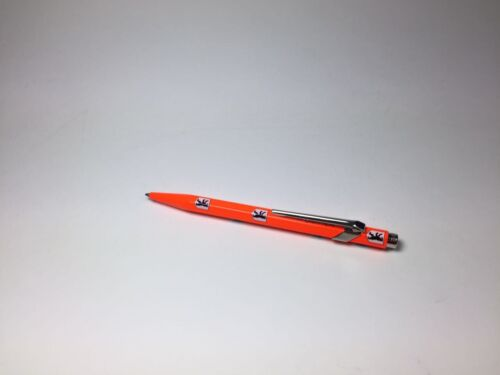 Caran d/'Ache Kugelschreiber 849 SONDEREDITION neon-orange mit Motiv Berliner Bär