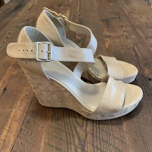 Stuart-Weitzman-Women-039-s-Oneliner-Nude-Patent-Leather-Cork-Wedge-Sandal-10-5-M