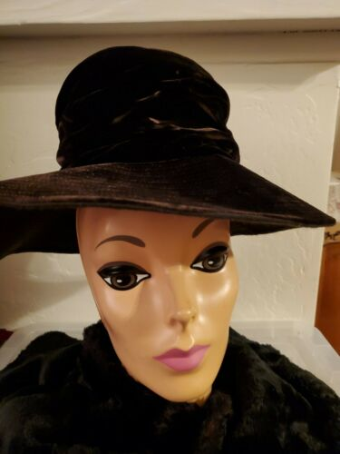 1940s Women's Purple Velvet Hat