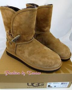 0e54d826e6d Details about New in Box UGG 1008043 Meadow Toggle Closure Boot Chestnut  Size 6