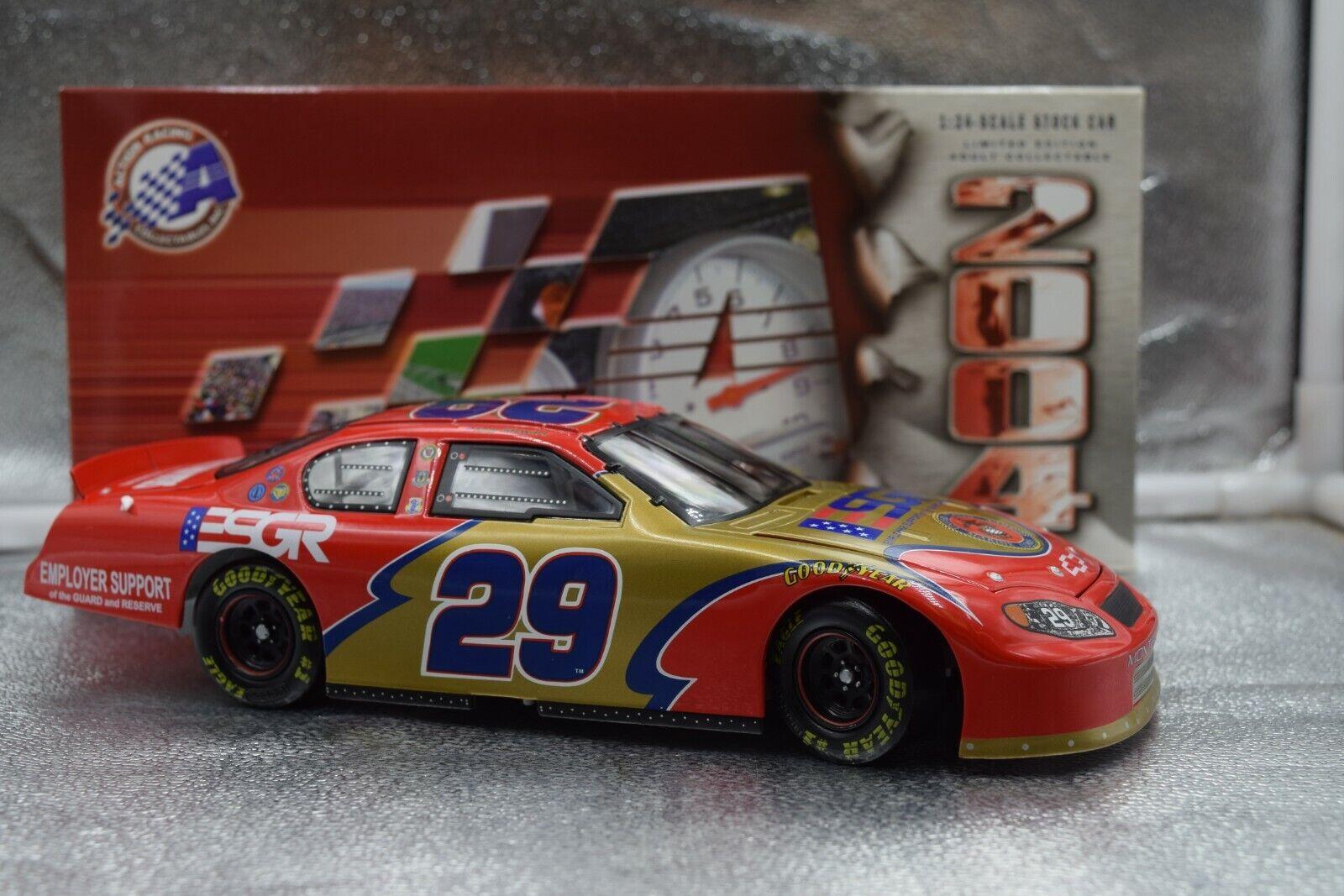 NASCAR Tony Stewart #29 ESGR Marines 2004 Monte Carlo NASCAR Action 1:24 106603
