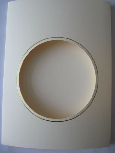 "Circle Aperture card 3 fold 8/"" x 6/""//150x205mm cream with gold borders Pack OF 20"