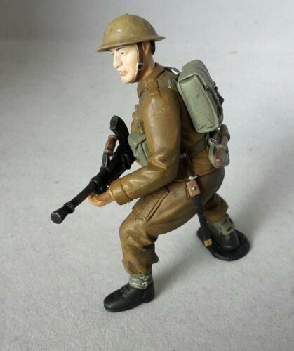 British Soldier 3 1//2in Game Figure from Tissotoys 12705